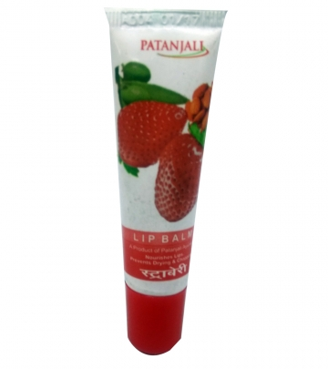 Patanjali Lip balm Strawberry 10g